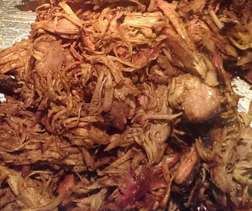 Pulled Pork aus der Schweineschulter.