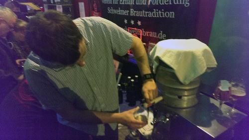 Brauschau Münster 2015 - Anständiges Bier, Phillip in Aktion