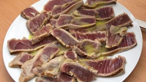 Thunfisch-Sashimi mit Limetten/Wasabi-Dressing